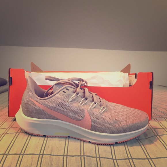 Nike Shoes - Nike Air Zoom Pegasus Size 7
